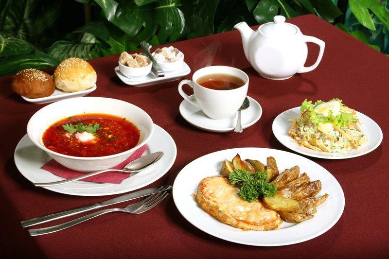 блюдо в кафе фото